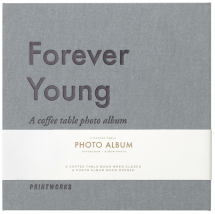 Printworks Forever Young (S) - A Coffee Table Photo Album (60 schwarze Seiten)