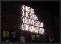 Lagervaror egen produktion The sign
